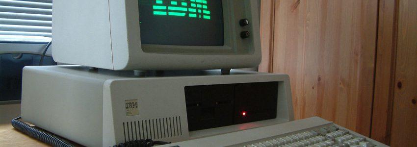 …de l'ordinateur avant la souris.